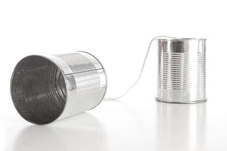tin cans: ton kan bellen waaruit zakelijke communicatie concept