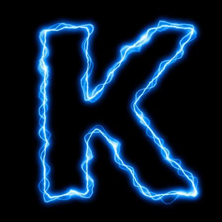 rayo electrico: el�ctrica un rayo o la fuente de flash con letras azules sobre fondo negro Foto de archivo