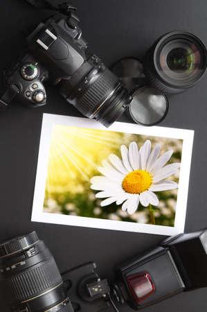fotografie apparatuur zoals dslr camera en foto  Stockfoto