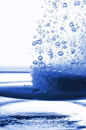 industria quimica: Tablet PC o dolor asesino en un vaso de agua con copyspace