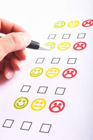 checkbox: Intervista di commercializzazione con la casella di controllo o casella e smilie
