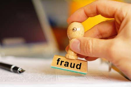 fraude stempel met criminaliteit concept met copyspace