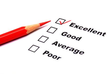 questionaire: formulario de encuesta de calidad con el l�piz rojo mostrando el concepto de marketing