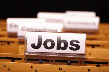 competencias laborales: puestos de trabajo o el concepto de trabajo con la carpeta de negocio en concepto de ganancias de mostrar de Oficina