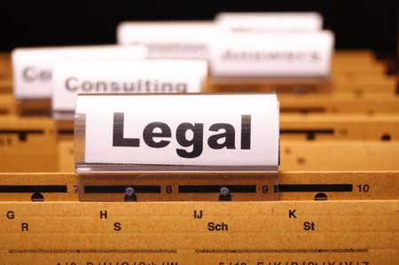 ley: palabra legal en carpeta �ndice mostrando ley corte o justicia concepto