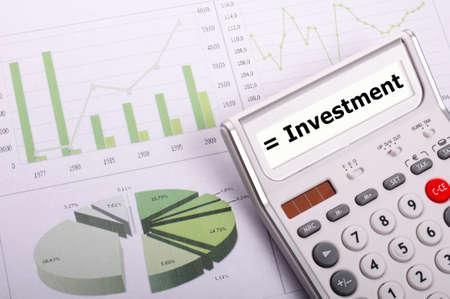 investeringen of investeren geld concept weergegeven: financieel succes