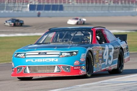 Richard Petty Driving School Experience Nascar on track in Las Vegas Motor Speedway