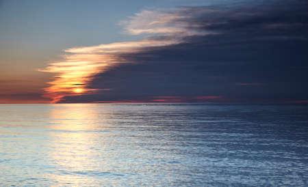 Clouds at horizon over the North Sea Standard-Bild