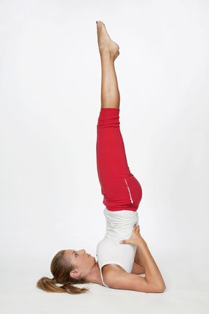bella: Young girl in yoga position