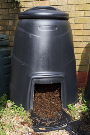 compost: Large Compost bin to recycle garden and kitchen waste