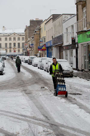 disrupt: Clifton, Bristol, UK - January 18, 2013  People struggle to get to work given heavy amounts of snowfall  The worst affected area is South Wales, but there has also been significant snowfall in the South West of England Editorial