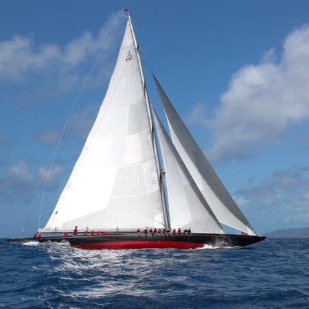 Rainbow racing in the Antigua Classic Yacht Regatta 2015 Standard-Bild