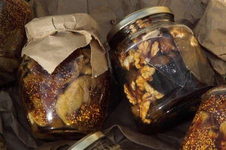 frutos secos: suministro de frutas secas en vidrio