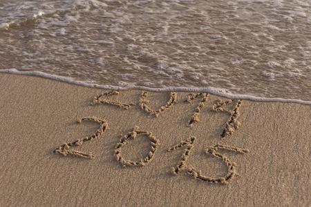 fin de ao: El final del verano de 2014, dan paso al nuevo a�o 2015 Foto de archivo