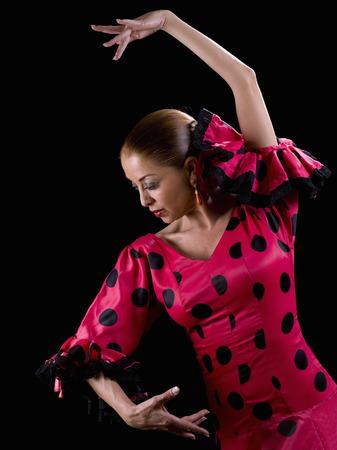 bailando flamenco: Mujer bailando flamenco