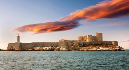 monte cristo: Fantastic sunset over famous If castle, chateau d