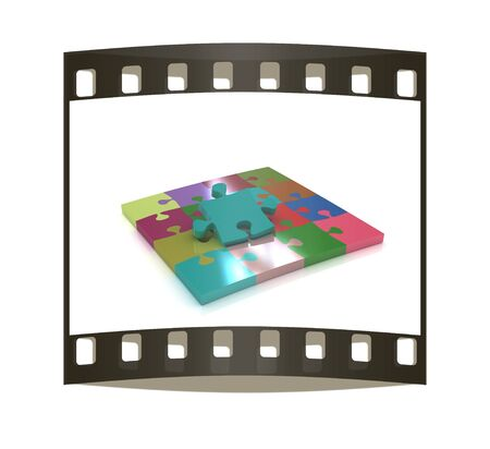 removable: Many-colored puzzle pattern (removable pieces). The film strip