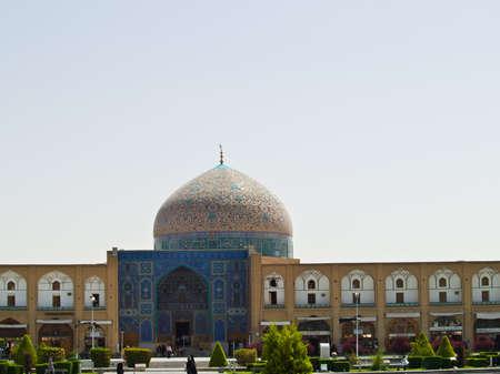 Sheikh Lotf Allah Mosque at Naqsh-e Jahan Square in Isfahan, Iran Stock Photo - 19454694