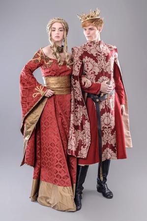 medieval dress: Modelos vestidas de tema medieval.