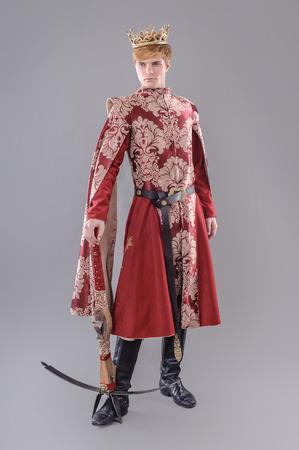 中世の王。剣と王冠の中世王。ジョフリー Lannister。 写真素材