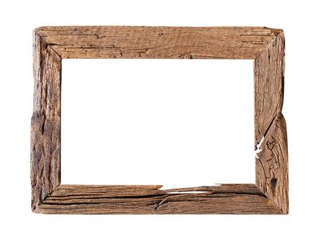 objetos cuadrados: Marco De Madera. Marco de madera rústica aislado en el fondo blanco con trazado de recorte