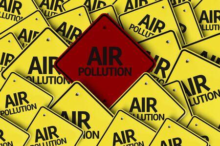 contaminacion del aire: Una se�al de tr�fico roja entre las m�ltiples se�ales de tr�fico con el texto: la contaminaci�n atmosf�rica