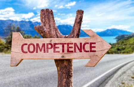 alkalmasság: Kompetencia jel nyíllal közúti háttér