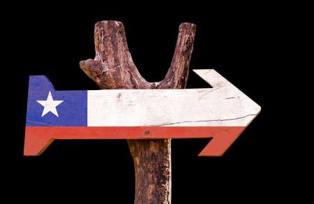flag of chile: bandera de Chile tablero de la muestra de madera sobre fondo negro Foto de archivo