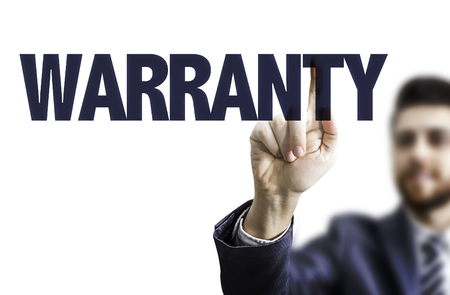 validez: Business man pointing to transparent board with text: Warranty