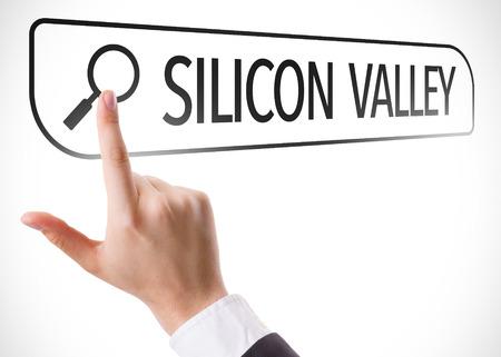 silicio: Búsquedas manuales en línea en el fondo blanco con el texto: Silicon Valley