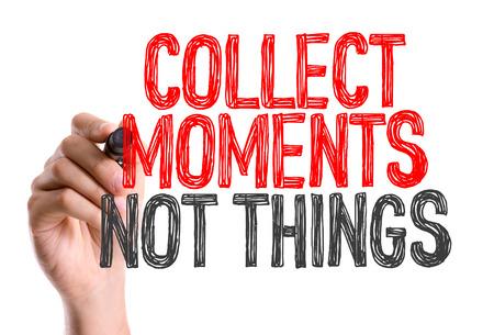 recoger: Recoge los momentos, no está escrito con un rotulador cosas