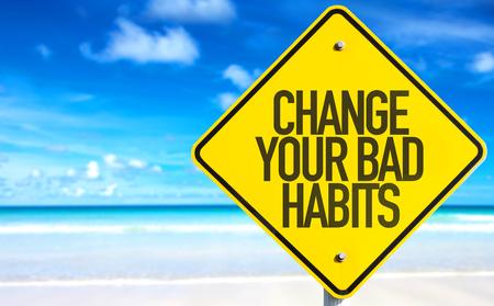 malos habitos: Cambie su señal de malos hábitos con fondo de playa