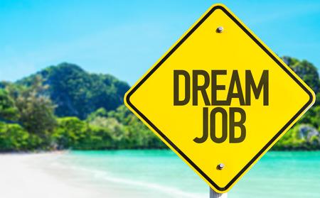 cognicion: Sue�o se�al de empleo con fondo de playa