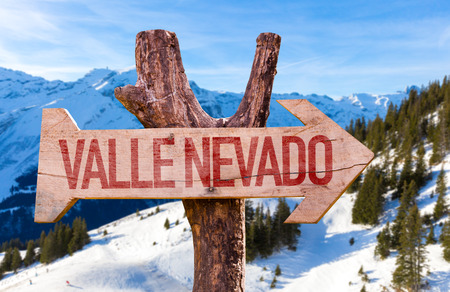 nevado: Valle Nevado wooden sign with winter background