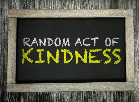 Random Act of Kindness geschreven op bord Stockfoto - 49455666