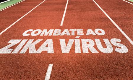 Combate al virus Zika (a defenderse contra el virus Zika en portugués) escrita en el fondo corriente de pista Foto de archivo - 65025875