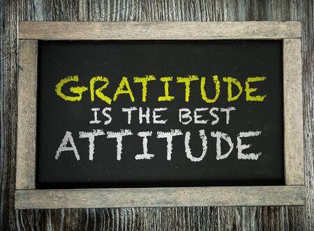 Dankbarkeit ist die beste Einstellungsworte auf einer Tafel Standard-Bild