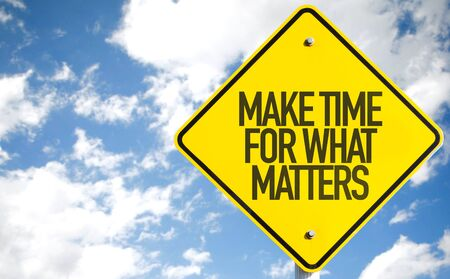 Make Time For What Matters written on a signpost Stock fotó