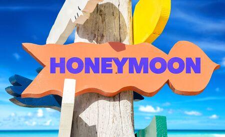 Honeymoon signage