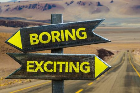 Boring or exciting signage on a highway Foto de archivo - 129908667