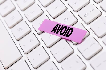 Avoid sticky note on keyboard