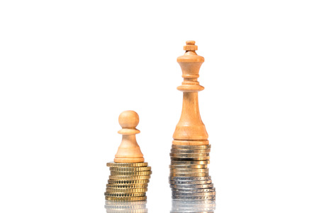 unjust: Income differences between rich and poor