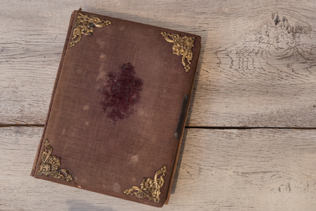 Oude vintage cover boek met gouden ornamenten