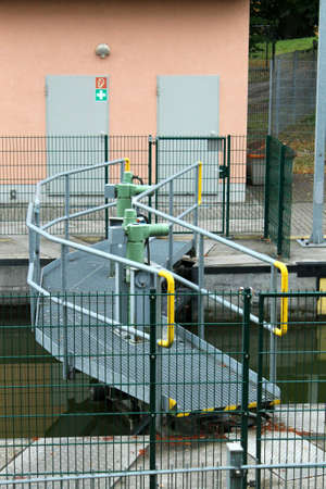 canal lock: canal lock - Technology