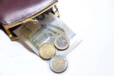 minimum: minimum wage