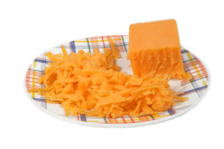 queso cheddar: isolted plato con queso cheddar