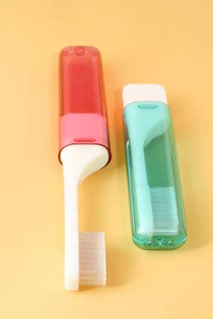 旅行中の歯科治療のための理想的な歯ブラシ