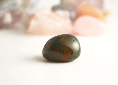bloodstone  (silicon dioxide) the crystal of detoxifying and purifying in new age healing Banco de Imagens