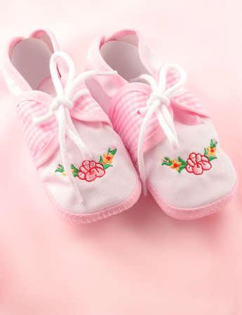 little  girls pink booties appropriate for newborn Banco de Imagens