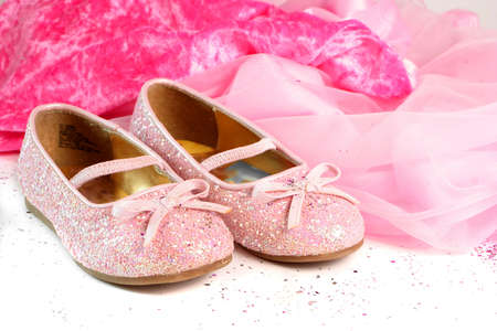 sparkly: little girls pink sparkly make belief princess shoes